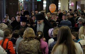 Рождественский праздник под звуки артиллерийского обстрела. Донецк