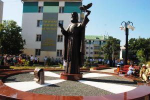 Имя преподобного Сергия Радонежского носит теперь одна из улиц Белгорода